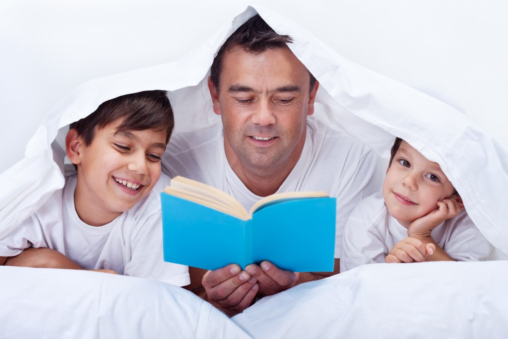 6 Reasons Why Reading to a Child is Imperative