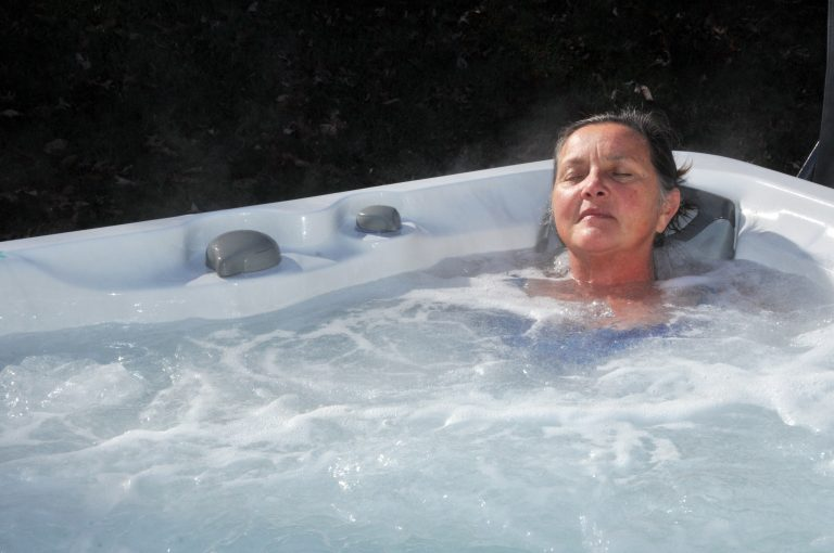 All the Health Benefits of Hot Tub Spa Baths