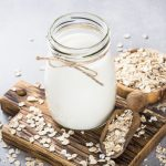 6 Benefits of Oat Milk