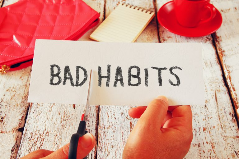 5 Dangerous Habits Harmful to Your Health