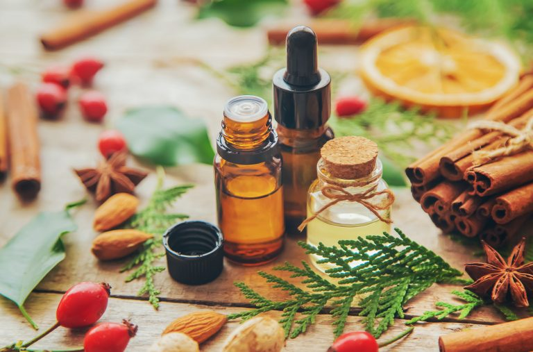 8 Ways Mandarin Essential Oil Benefits Your Health
