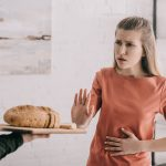 Are You Gluten Intolerant? Here's 4 Symptoms