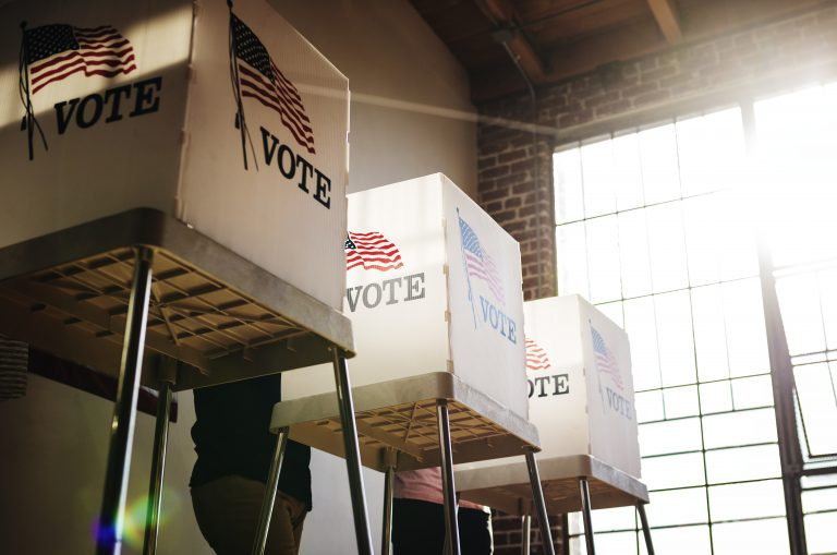 Voting with Macular Degeneration