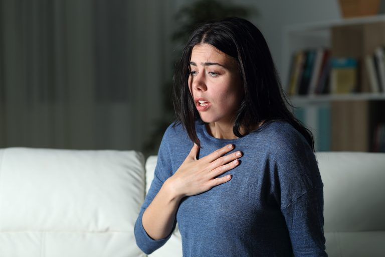 5 Anxiety Signs and 5 Natural Remedies
